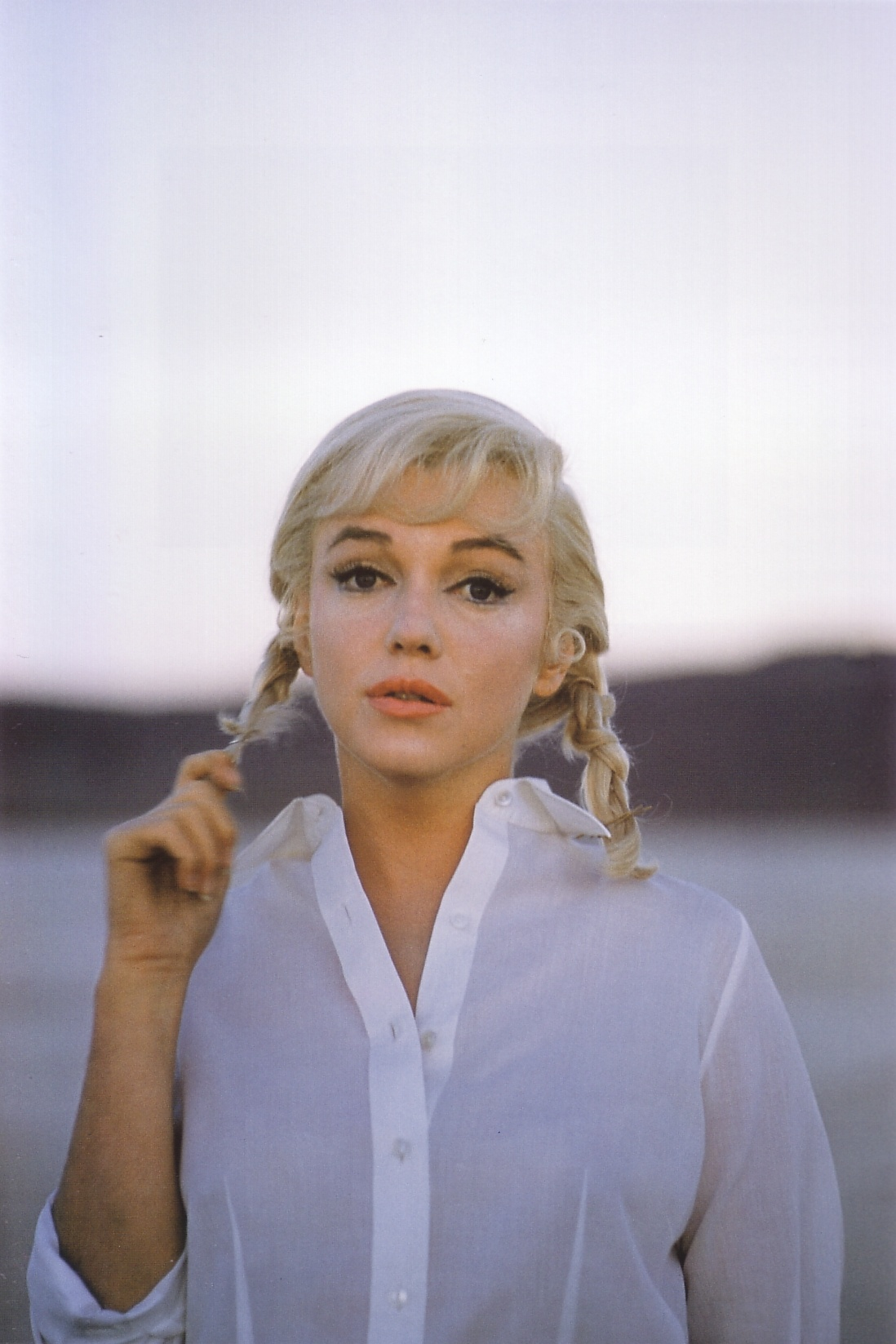 marilyn-monroe-on-the-set-of-the-misfits-in-nevada-by-eve-arnold-1961-1356159051_org