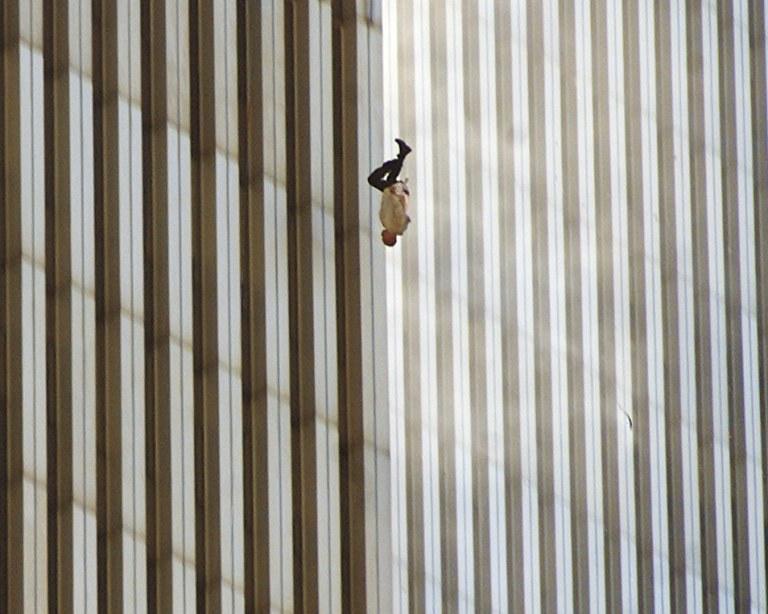 time-100-influential-photos-richard-drew-falling-man-92